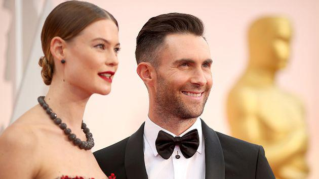OMG! ¡Adam Levine y su esposa Behati Prinsloo sufrieron accidente automovilístico!