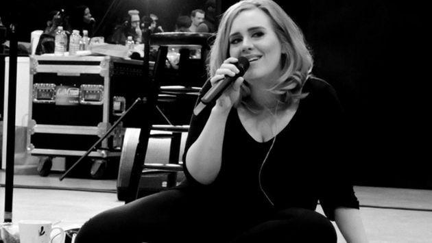 OMG! ¡Exnovio de Adele publicó fotografías íntimas de la cantante!