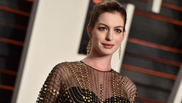 ¡Anne Hathaway se convirtió en madre! [FOTOS]