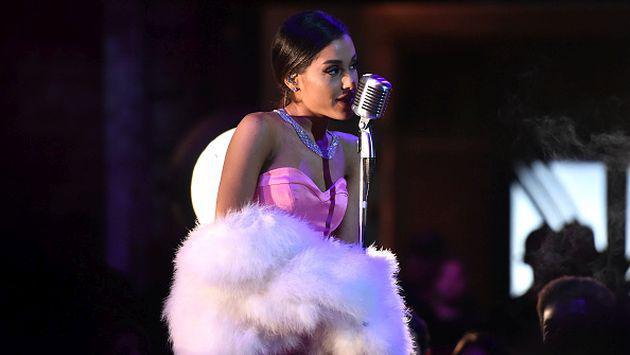 ¡Ariana Grande mostró su nueva colección de ropa! [FOTOS]