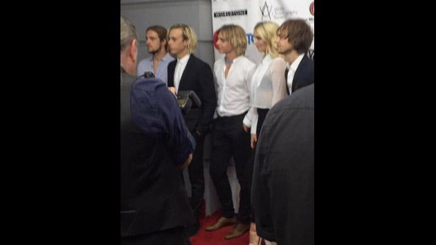 Así fue la presentación de Riker Lynch y R5 en la World Choreography Awards [FOTOS Y VIDEOS]