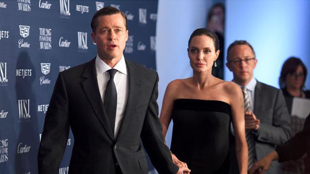 Brad Pitt y Angelina Jolie fueron fotografiados discutiendo en plena calle