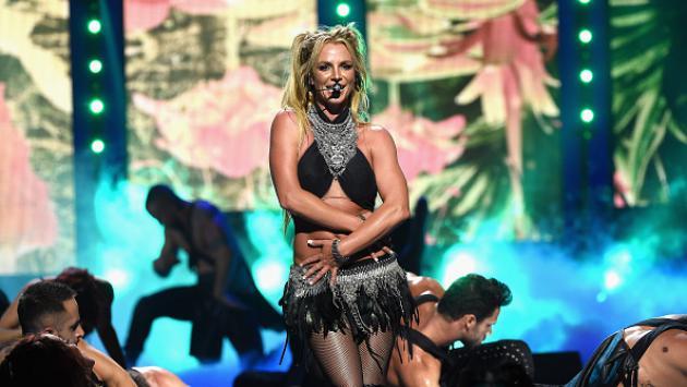 OMG! La voz de Britney Spears luego de inhalar helio te hará el día [VIDEO]