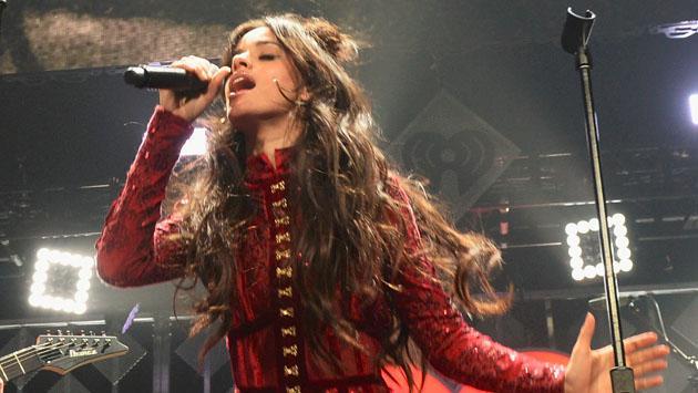 Camila Cabello recibió su primer premio como solista