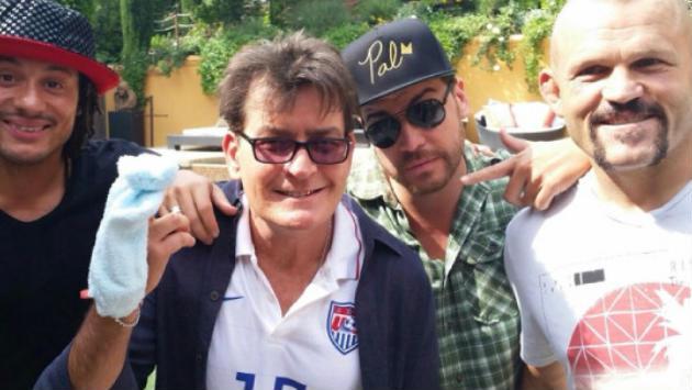 ¡¡¡Charlie Sheen es portador del VIH!!!