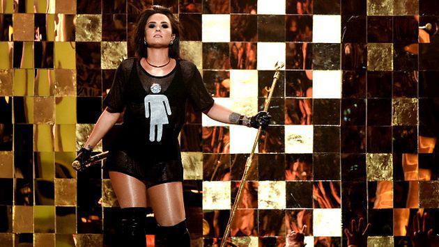 Demi Lovato estaría lista para salir con chicas tras su ruptura con Wilmer Valderrama