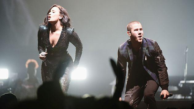 ¡Demi Lovato y Nick Jonas son protagonistas de sensual portada de revista! [FOTO]