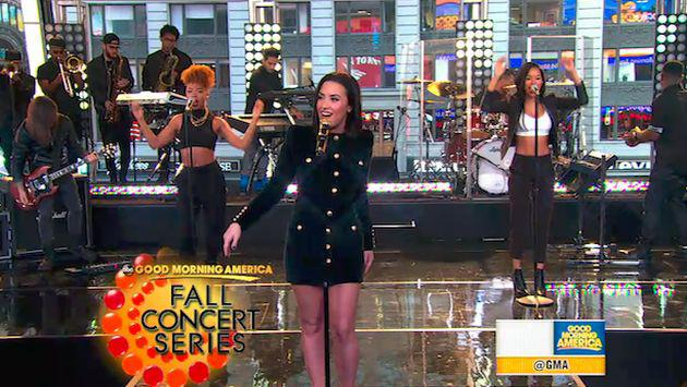 Demi Lovato cantó 'Confident' en 'Good Morning America' [VIDEO]