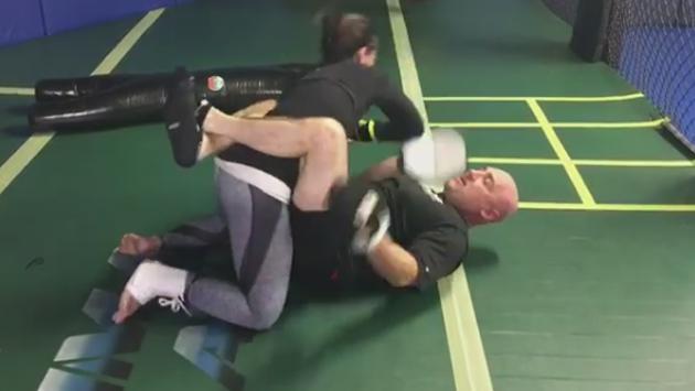 Demi Lovato  podría realizar artes marciales profesionalmente