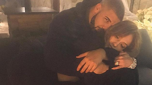 ¡Drake gastó millonaria suma en 'regalito' para Jennifer Lopez! [FOTO]