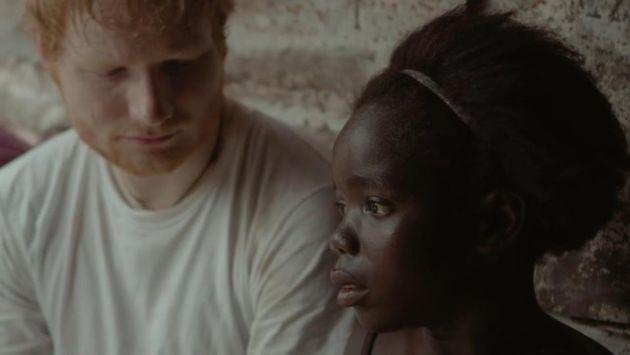 Ed Sheeran rompió en llanto al conocer la historia de esta niña africana [VIDEO]