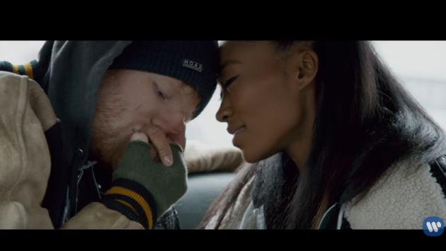 Ed Sheeran estrenó el videoclip de 'Shape of You' con un final inesperado