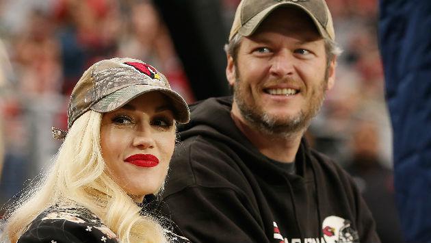 Gwen Stefani y Blake Shelton se lucen en salida familiar