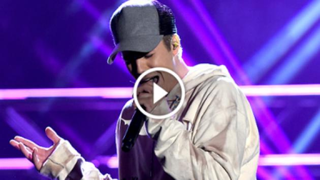 ¿Con qué rapero Justin Bieber cantó en un show sorpresa? [VIDEO]