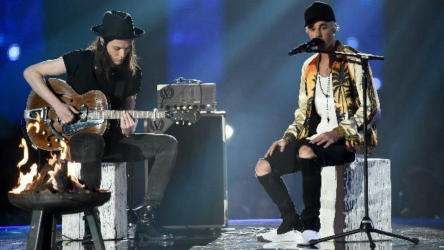¡Justin Bieber estrena nueva canción durante un concierto!