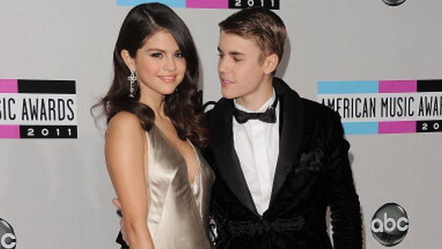 OMG! Justin Bieber compartió foto besando a Selena Gomez [FOTO]