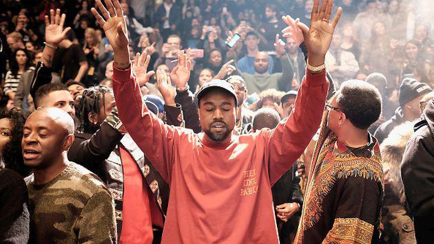 Kanye West hizo algo increíble en memoria de su madre. ¡Entérate qué fue!