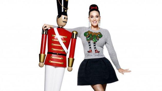 Katy Perry es la protagonista de la campaña navideña de H&M [FOTO]