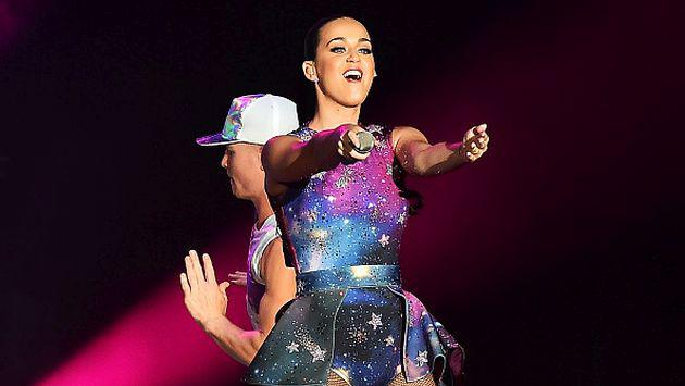 ¡Katy Perry prefiere tener los dientes chuecos que usar brackets! [FOTO]