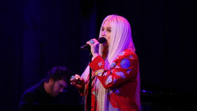 ¡Kesha lanzó su más reciente canción 'Learn To Let Go'!  [VIDEO]