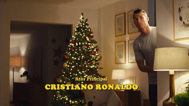 La Navidad se acerca y Cristiano Ronaldo parodia 'Mi pobre angelito' [VIDEO]