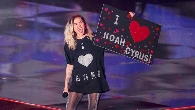 La verdad del vestido de novia de Miley Cyrus
