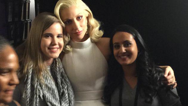 Lady Gaga se tatuó junto a las otras víctimas de agresiones sexuales [FOTO]