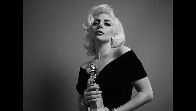 OMG!!! ¡Lady Gaga y su novio, desnudos en selfie! [FOTO]
