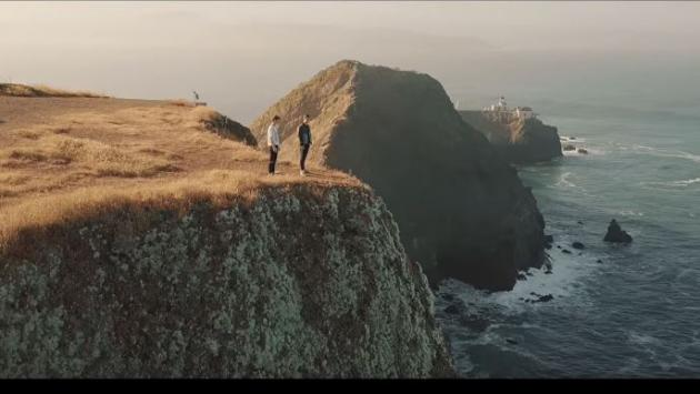 ¡Disfruta lo nuevo de Martín Garrix y Troye Sivan 'There For You'!