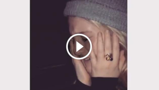 OMG! Hermano de Meghan Trainor la hace llorar desconsoladamente [VIDEO]