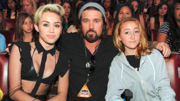 Noah Cyrus, hermana de Miley, estrenó el videoclip de su primer sencillo 'Make Me (Cry)'