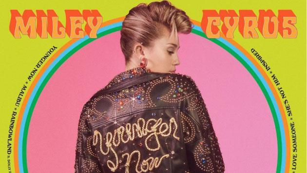 Miley Cyrus comparte más fotos de su niñez con su tema 'Younger Now'
