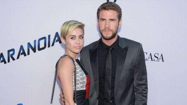 Así fue la primera aparición oficial de Miley Cyrus y Liam Hemsworth como pareja [FOTOS]