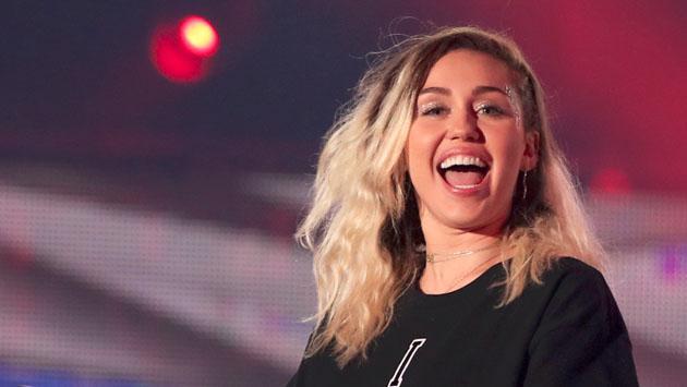 Miley Cyrus está por estrenar nuevo álbum y los 'coaches' de 'The Voice' le dedican estas palabras