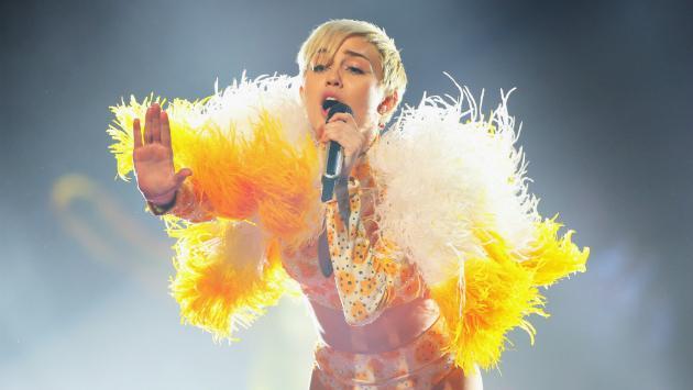 ¡Qué tierna! Miley Cyrus comparte fotos de cuando era pequeña