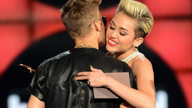 ¡Checa el genial saludo de Miley Cyrus a Justin Bieber por su cumpleaños! [FOTO]