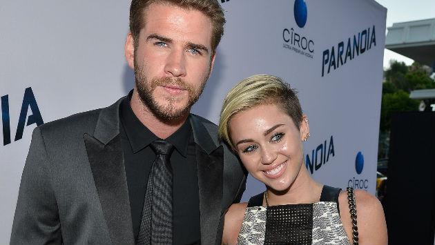 ¡Miley Cyrus se luce con anillo de compromiso! ¿Será de Liam Hemsworth?
