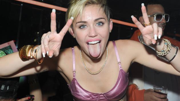 ¡Miley Cyrus se enfrenta a respuesta de 'Dolce & Gabanna' en redes sociales! [FOTO]