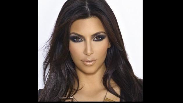 ¡Mira aquí cómo luce Kim Kardashian sin maquillaje! (VIDEO)