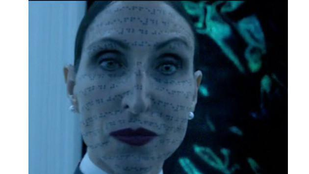 ¡Así luce la actriz que personifica a la monja de 'El conjuro 2'! [FOTOS]