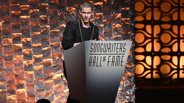 OMG! Esta video 'hot' de Nick Jonas está dando mucho de qué hablar