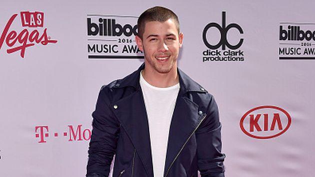 OMG! ¡Nick Jonas confirmó su relación con esta actriz!
