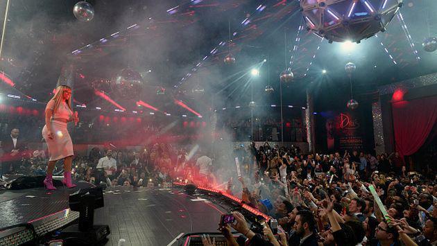 Celebridades que cobran millones por presentarse en shows privados [FOTOS + VIDEO]
