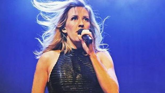 OMG! ¿Ellie Goulding hizo playback en presentación?