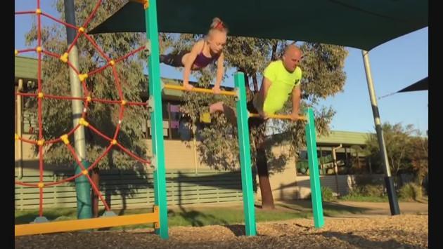 Padre trató de imitar a su hija gimnasta y este fue el resultado [VIDEO]