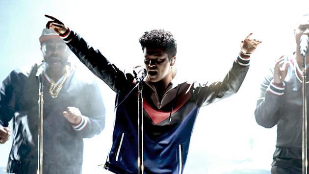 """¿Por qué quieren acusar a Bruno Mars de """"apropiación cultural""""?"""