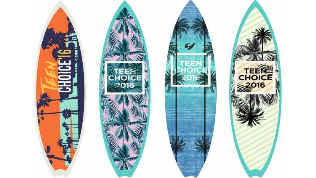 Para los Teen Choice Awards, tú puedes elegir el diseño del premio aquí