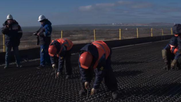 Este puente de Rusia se 'congeló' por el 'Mannequin Challenge' [VIDEO]