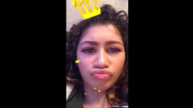 ¿Quién crees que acompaña siempre a Zendaya en sus videos de Snapchat? [VIDEO]