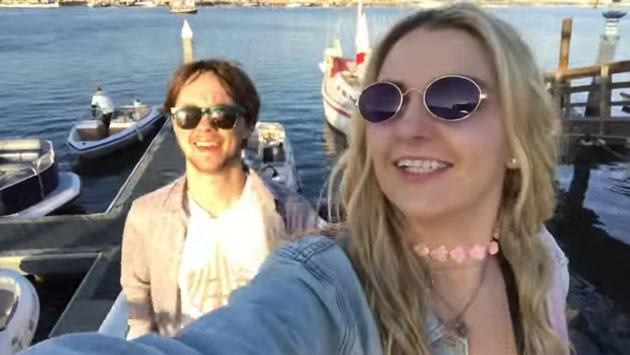 Rydel Lynch y Ellington Ratliff, de R5, tuvieron un (no tan) romántica paseo en yate [VIDEO]